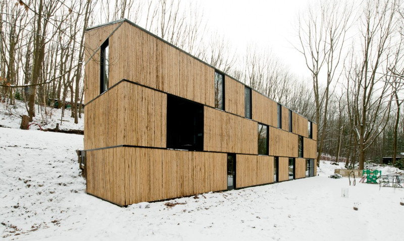 bamboo-house.jpg