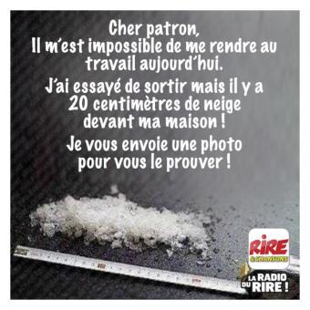 media.nrj.fr_1900x1200_2017_02_20-cm-de-neige-images-droles-rire-chansons_8498.jpg