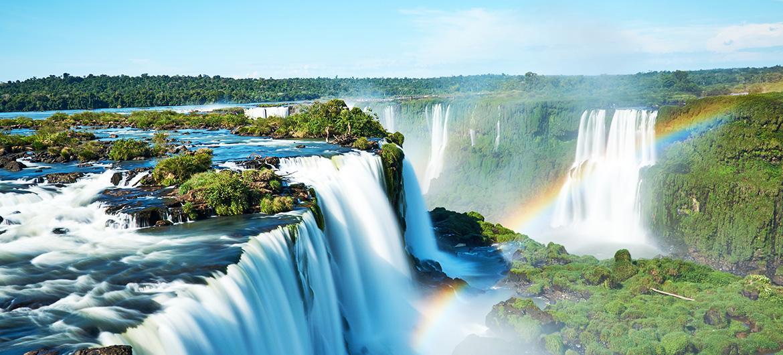 00-iguazu-les-chutes-d-eau-bresiliennes-au-cœur-de-la-foret-tropicale.jpg