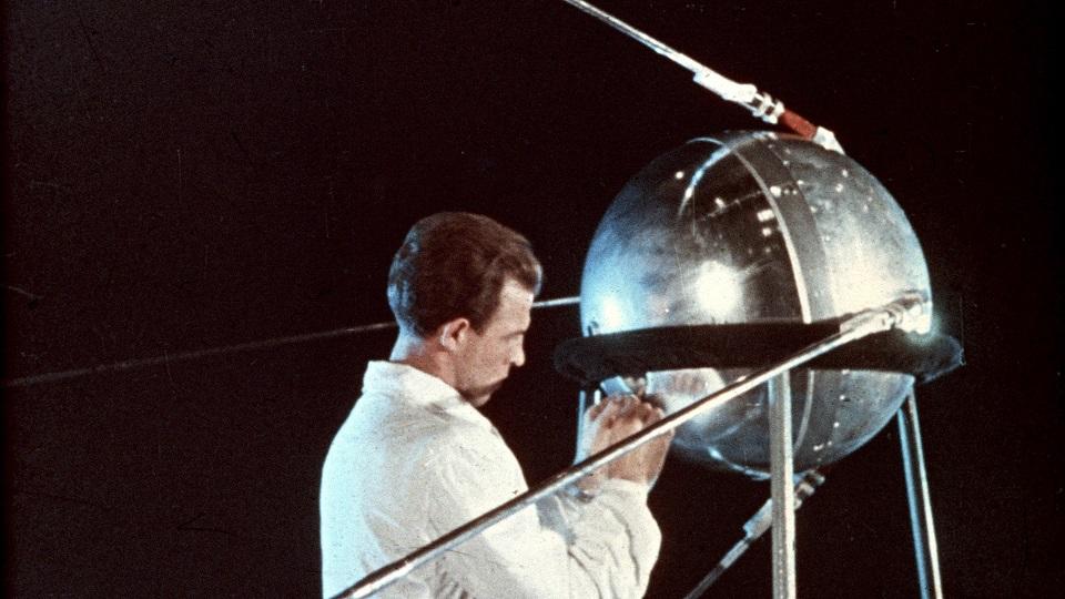 sputnik s.jpg