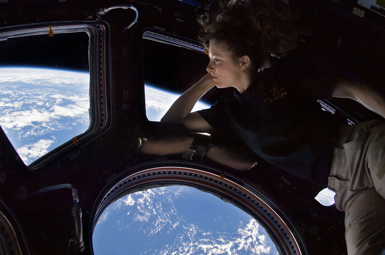 1280px-Tracy_Caldwell_Dyson_in_Cupola_ISS.jpg