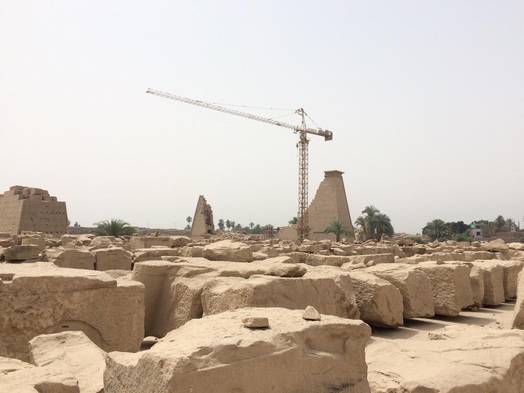 Karnak8grue.jpg