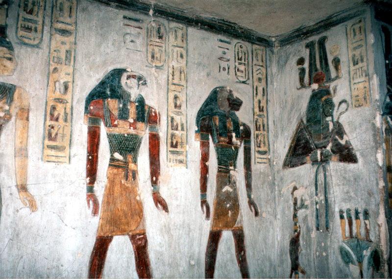 Luxor,_Tal_der_Könige,_Grab_von_Ramesses_III._(1,_1995,_800x570).jpg