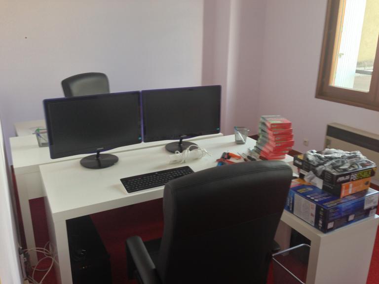 Bureau 4