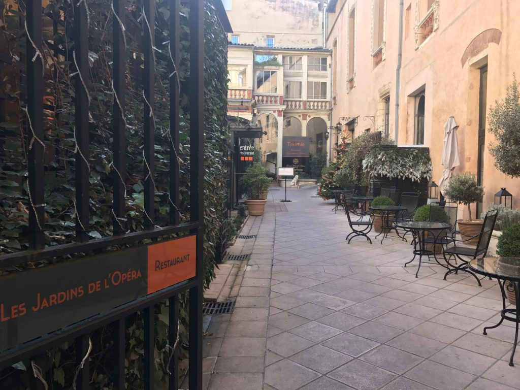 Acc s du restaurant les jardins de lop ra 300x225 - Stephane tournie les jardins de l opera ...